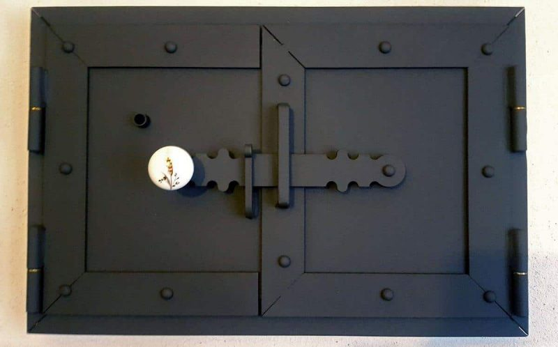 kemence ajtók